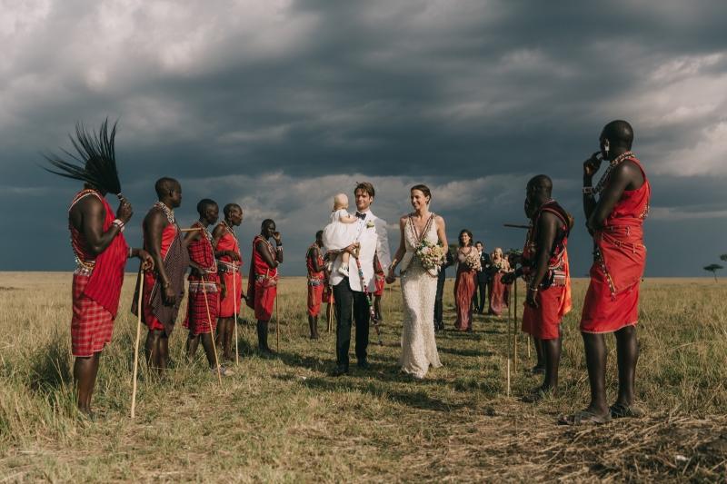 029-masai-mara-wedding-by-jonas-peterson-(pp_w800_h533)