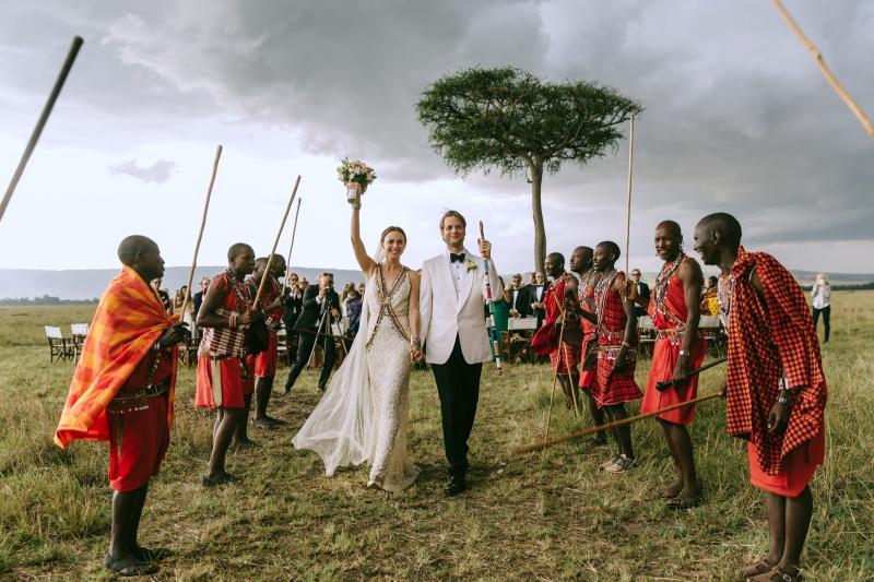 045-masai-mara-wedding-by-jonas-peterson-(pp_w800_h533)